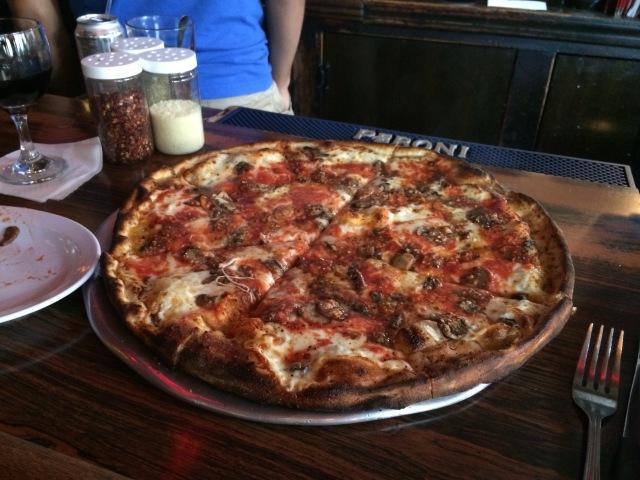 Pizza at Arturos