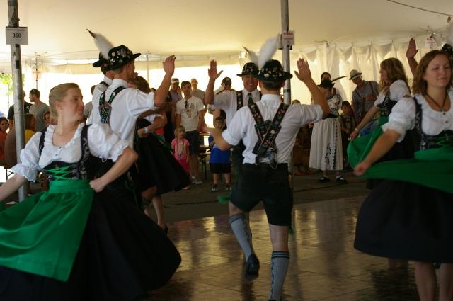 Dancers at Oktoberfest