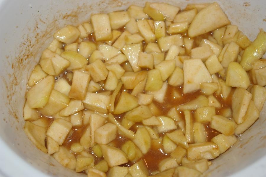 Apple Pie Filling in Slow Cooker