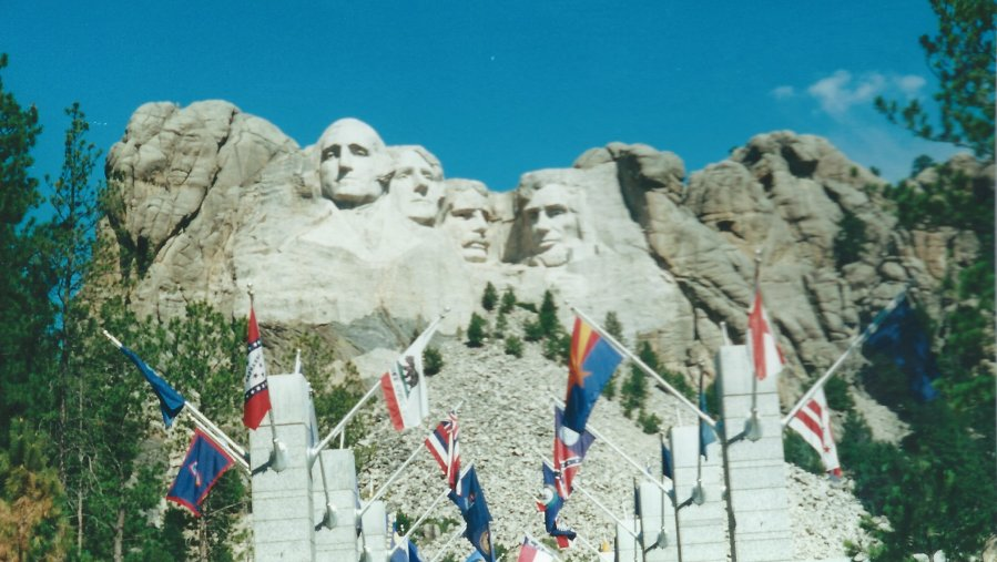 Main Entrance to Mount Rushmore