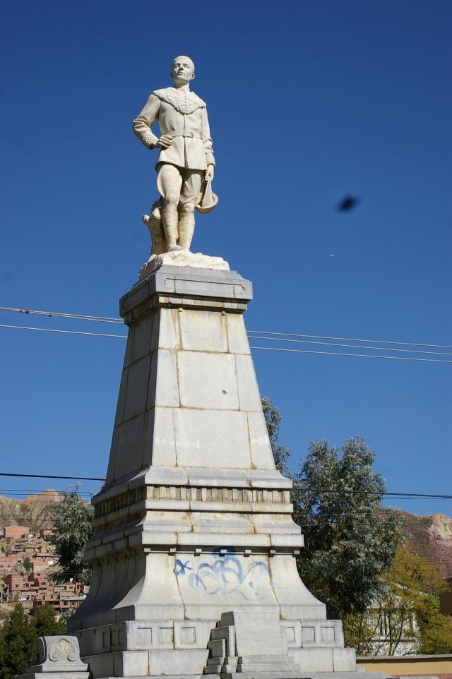 Statue in La Paz