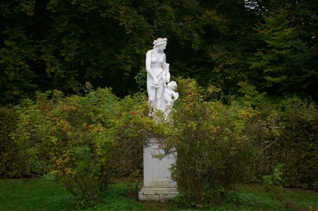 Statue at Schloss Wilhelmshohe